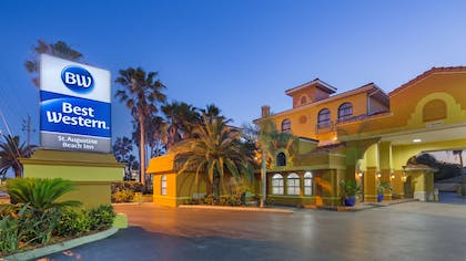 Ideally located on A1A Beach Blvd. we are walking distance from several restaurants, bars and most importantly beautiful St. Augustine Beach! | Best Western St. Augustine Beach Inn