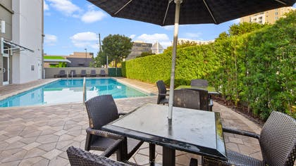 Outdoor Pool | Best Western Premier Miami Intl Airport Hotel & Suites Coral Gables