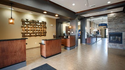 Front Desk | Best Western Plus Williston Hotel & Suites