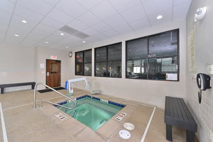 Indoor Hot Tub | Best Western Plus Williston Hotel & Suites