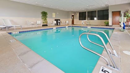 Pool | Best Western Plus Williston Hotel & Suites