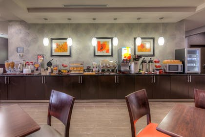 Breakfast Bar | Best Western Plus Coweta's 1st Hotel