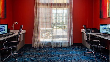Business Center | Best Western Plus The Inn & Suites At Muskogee
