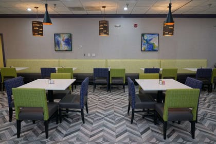 Breakfast Room Seating | Best Western Plus Morristown Conference Center Hotel