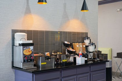 Waffle Cereal Bar | Best Western Plus Morristown Conference Center Hotel
