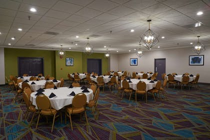 Oakwood Room | Best Western Plus Morristown Conference Center Hotel