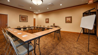 Meeting Room | Best Western Plus Schulenburg Inn & Suites