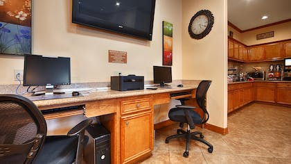 Business Center | Best Western Plus Schulenburg Inn & Suites