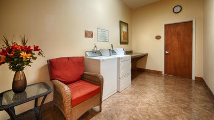 Laundry Facilities | Best Western Plus Schulenburg Inn & Suites