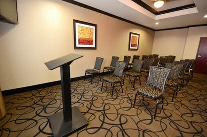 Meeting Room | Best Western Plus Classic Inn & Suites