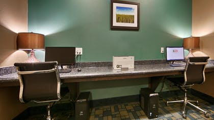 Business Center | Best Western Plus Carrizo Springs Inn & Suites
