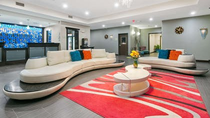 Lobby | Best Western Plus Pleasanton Hotel