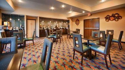 Breakfast Area | Best Western Plus Pleasanton Hotel