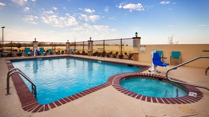 Outdoor Pool & Hot Tub   Best Western Plus Fort Worth Forest Hill Inn & Suites