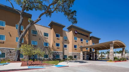 Welcome to the Best Western Plus Lake Jackson Inn & Suites! | Best Western Plus Lake Jackson Inn & Suites
