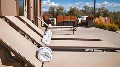 Outdoor Patio | Best Western Plus Landmark Hotel