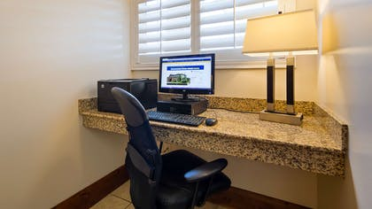 Business Center | Best Western Plus Landmark Hotel