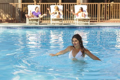 Outdoor Pool | Red Lion Hotel & Casino Elko