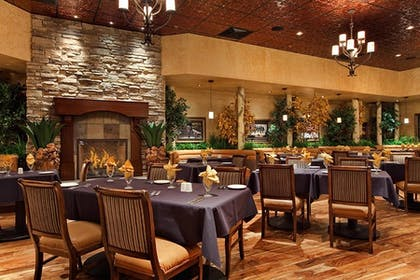 Aspens Dining Room | Red Lion Hotel & Casino Elko