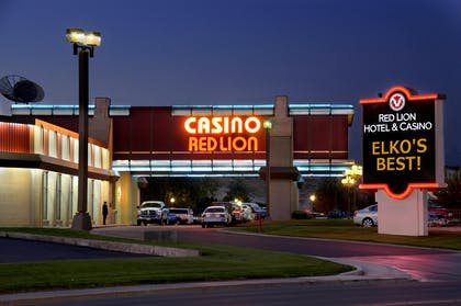 Red Lion Night | Red Lion Hotel & Casino Elko