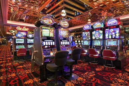 Slot Floor | Red Lion Hotel & Casino Elko