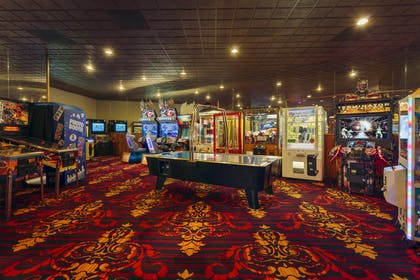 Arcade | Red Lion Hotel & Casino Elko