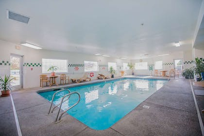 Indoor Pool | Red Lion Inn & Suites McMinnville