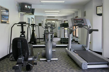 WAKENN Fitness Room | Red Lion Hotel Kennewick Columbia Center