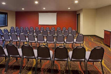 Meeting Space | Red Lion Inn & Suites Kent Seattle