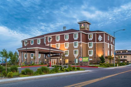 WAKNIS Ext | Red Lion Inn & Suites Kennewick