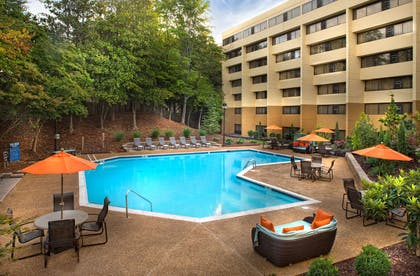 Pool | Hyatt Regency Suites Atlanta Northwest