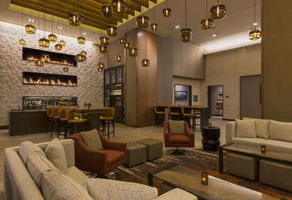 Bar Lounge | Grand Hyatt Denver