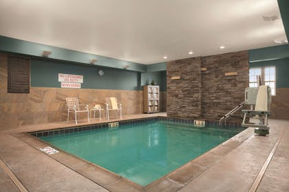 Pool | HYATT house Minot
