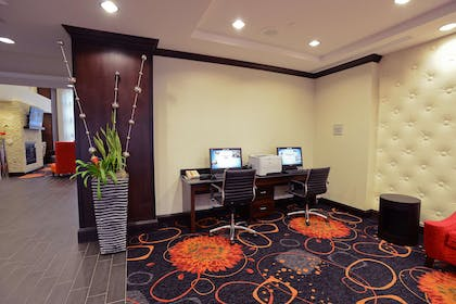 Business Center   Hampton Inn & Suites Albany At Albany Mall