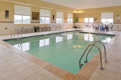 Pool | Hampton Inn Alpine