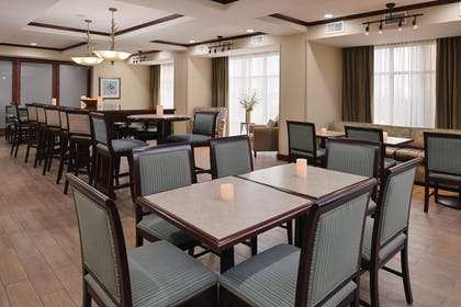 Restaurant | Hampton Inn Alpine