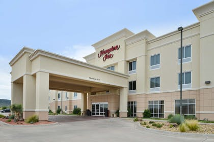 Exterior | Hampton Inn Alpine