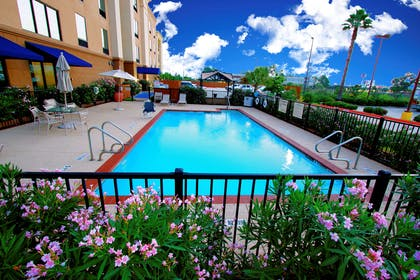 Pool | Hampton Inn & Suites Tomball Houston NW