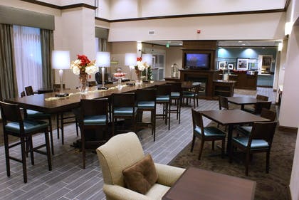 Reception | Hampton Inn and Suites Suisun City Waterfront