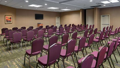 Meeting Room | Hampton Inn and Suites Astoria