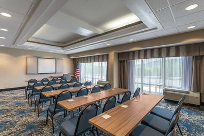 Meeting Room | Hampton Inn Bedford