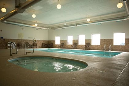 Pool | Hampton Inn & Suites Scottsbluff-Conference Center