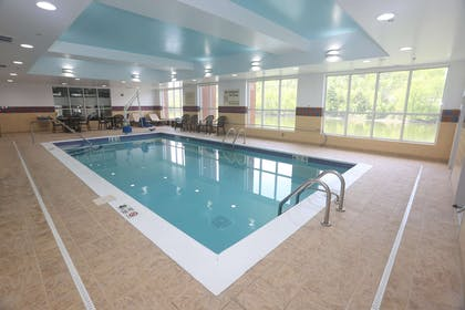 Pool | Hampton Inn Owego