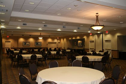 Meeting Room | Hampton Inn & Suites Barstow