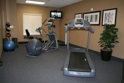 Health club | Hampton Inn & Suites Barstow