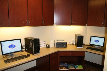 Business Center | Hampton Inn Suites Brookings