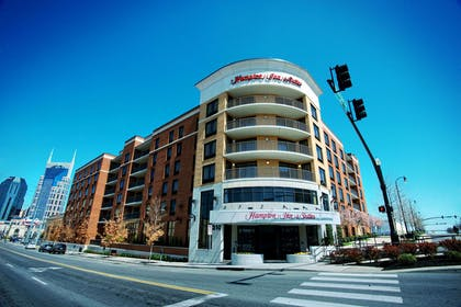 Exterior | Hampton Inn & Suites Nashville-Downtown