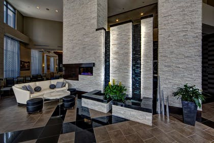 Reception | Hampton Inn & Suites Nashville-Downtown