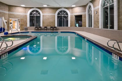 Pool | Hampton Inn & Suites Boise/Spectrum