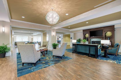 Lobby | Hampton Inn and Suites Jekyll Island